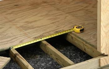 Укладка ламината на деревяный пол